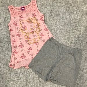 Hello kitty girls xl (14-16) outfit